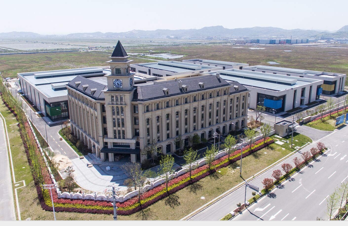 Kuer moved to a new factory for cooler box manufacturing
